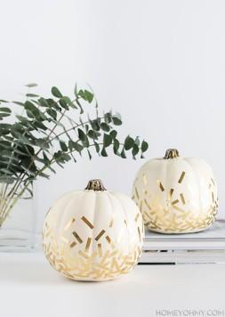 pumpkin-gold-confetti